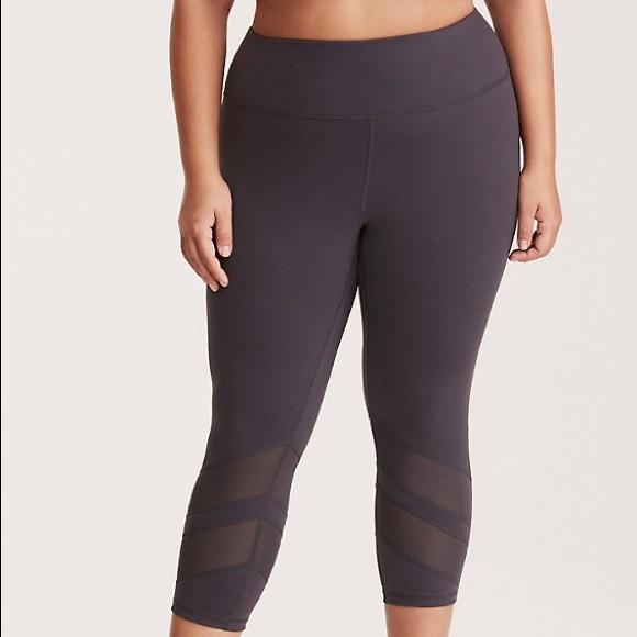 c54e55a124c M 5acf2fd636b9ded64c5e9f7b. Other Pants you may like. Black heather workout  pants or joggers